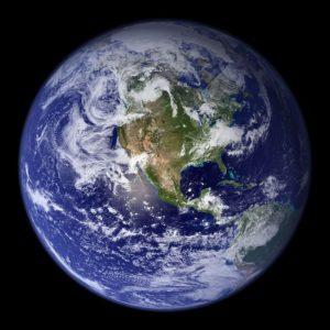 De aarde, vanuit de ruimte gezien als een bol