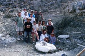 Onderzoeksteam op de lokatie waar Velafrons coahuilensis werd gevonden.