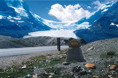 de Athabasca Gletsjer in de Canadese Rockie Mountains